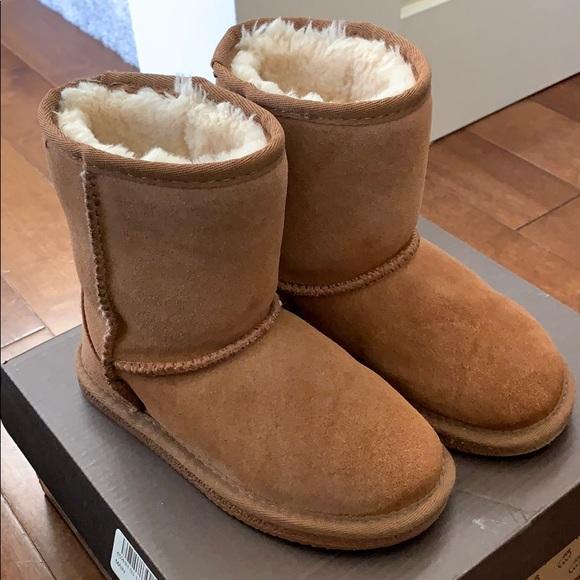 Lamo Shoes   Kids Ugg Style Boot Size